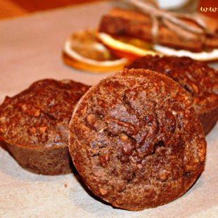 Czekoladowe muffiny z gruszkami