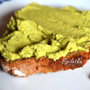Zielony hummus