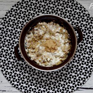 Śniadaniowa jaglanka na ciepło z owocami